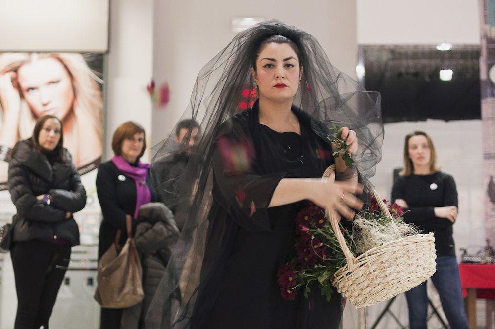 Paula Cabaleiro | Mulleres en Acción: Violenzia Zero | Proyectos Invitados | Mujeres Mirando Mujeres | MMM17