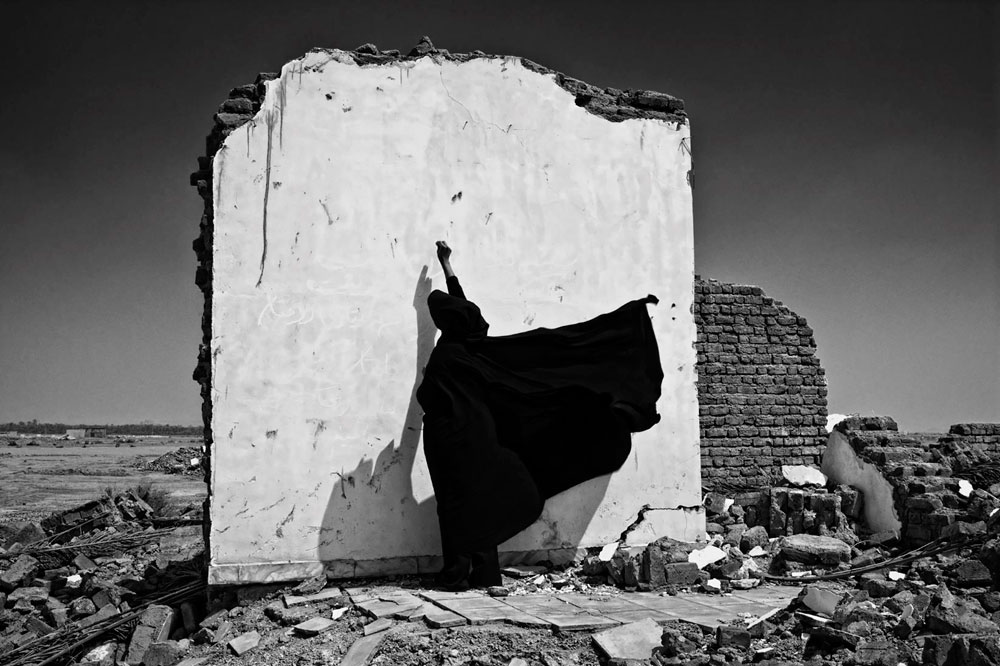 © Isabel Muñoz | MassauR | Mujeres Mirando Mujeres| MMM17