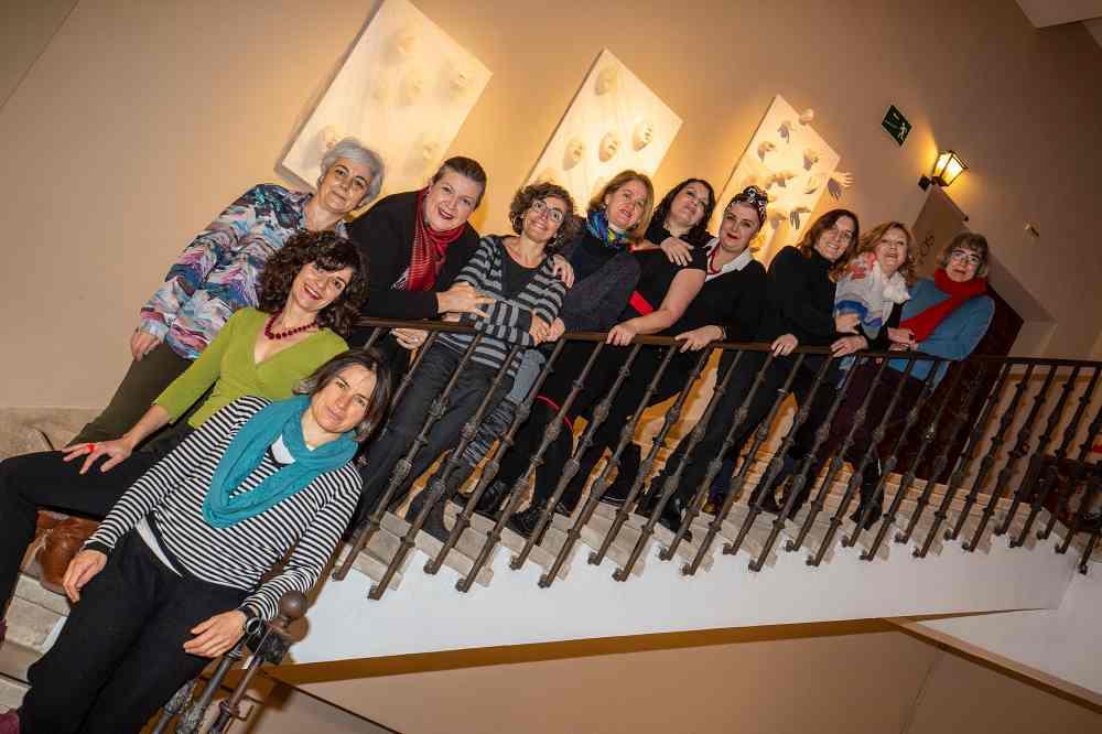 """Colectivo de mujeres artistas MUART.G con la obra titulada """"el grito"""" cedida al museo de guadalajara,"""