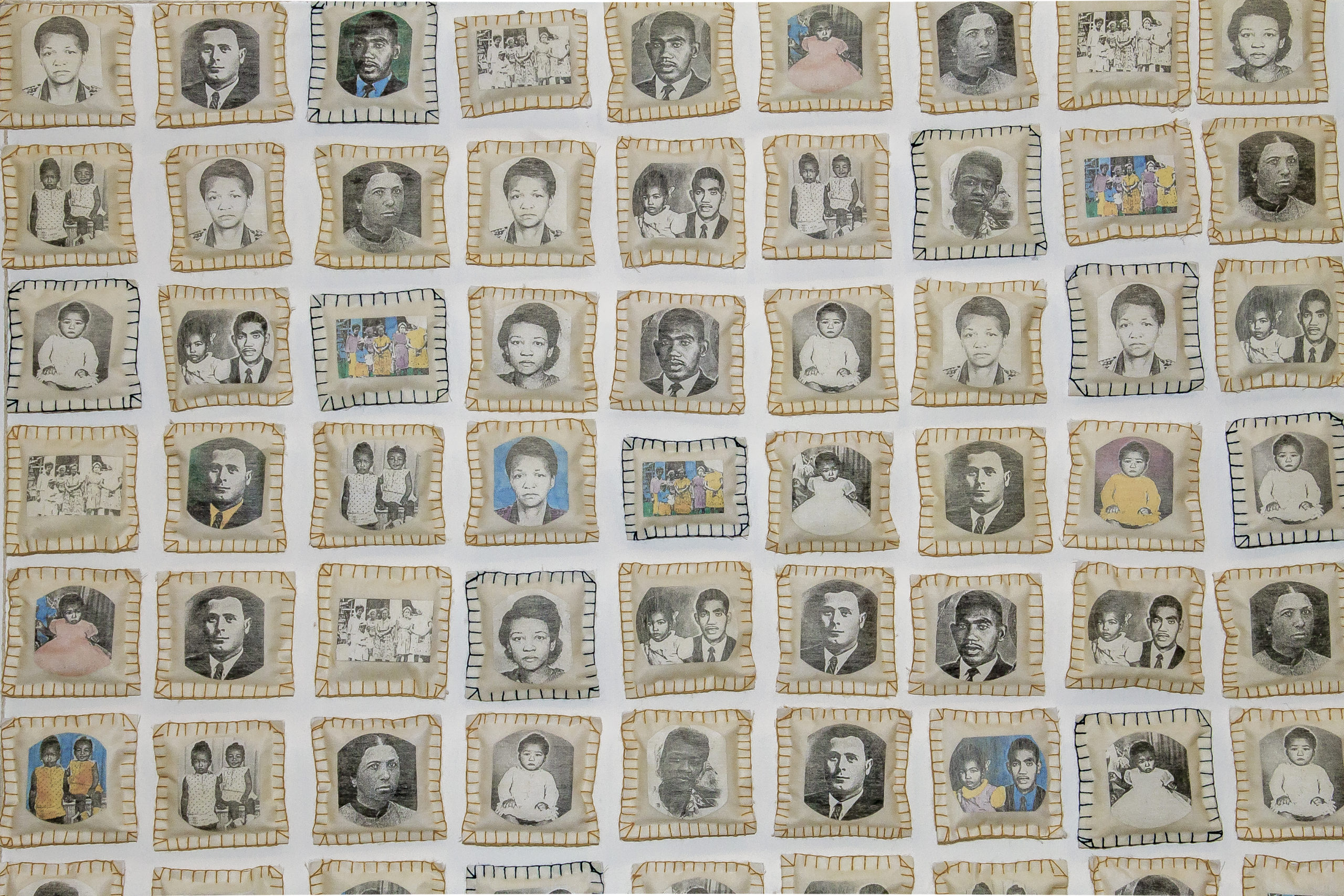 Parede da memoria, instalação, 1994-2015.