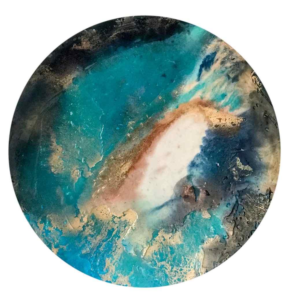 Marina Gadea. Brass Blue Técnica mixta 100 cm
