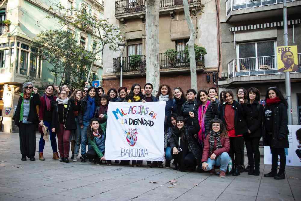 Karen Rosentreter Villarroel Fotografía Claudia Machuca. Mil agujas por la Dignidad Barcelona, España