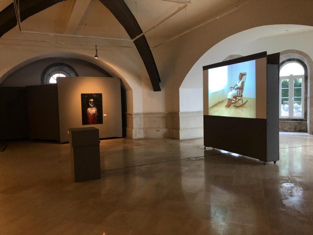 Blanco negro y magenta Esquecin que te esquecín. Exposición Sala de la Deputación de Lugo. Rede Museística Provincial de Lugo