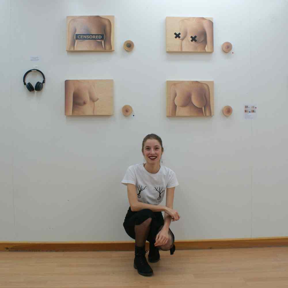 censura_sara_aroca_galeria_leucade_mujeres_mirando_mujeres