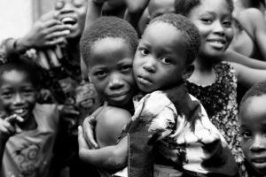 Pakro, Ghana. Fundación Anesvad_Elssie Ansareo   Mujeres Mirando Mujeres   Laura Pinillos Villanueva