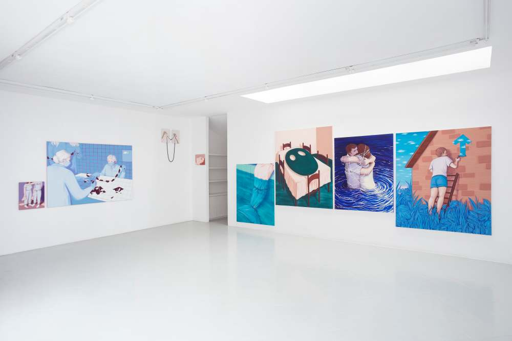 Installation View Studiolo, Milan 2019. Photo Filippo Armellin Photo Filippo Armellin Lise Stoufflet   Alba Herrero   Mujeres Mirando Mujeres