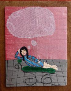 Chica diván pensando_Bulgarcita Pingos | Mujeres Mirando Mujeres | Oliva Cachafeiro