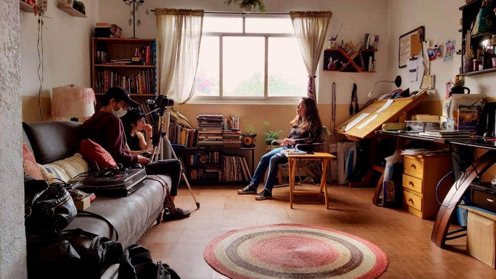 Chispillatronik Entrevistando a Beatrix Gutierrez, 2020. | Mujeres Creando: Montaje de lo Político |CLAUDIA CASTELAN | VII MUJERES MIRANDO MUJERES